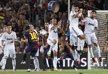 """Barca hạ gục Real Madrid trong """"bữa tiệc"""" bàn thắng ảnh 1"""