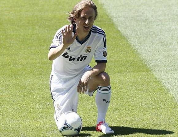 Cập bến Real, Modric sẵn sàng cho đại chiến El Clasico