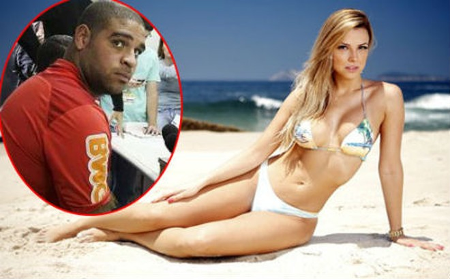 Adriano cặp kè siêu mẫu Playboy ảnh 1