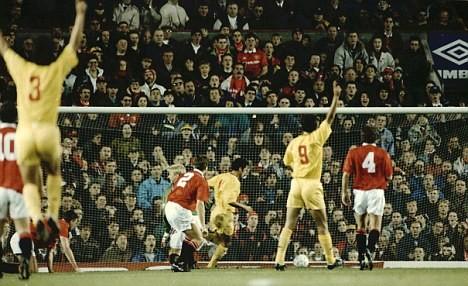 Galatasaray dọa dẫm M.U ngay tại Old Trafford ảnh 1