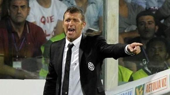 HLV tạm quyền của Juventus bị buộc tội ngộ sát ảnh 1