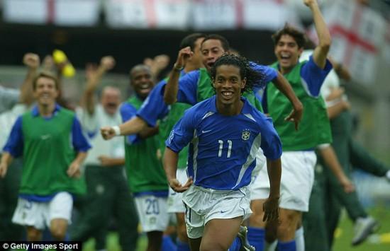 """Ronaldinho: """"Có tôi, MU đã thống trị châu Âu"""" ảnh 1"""
