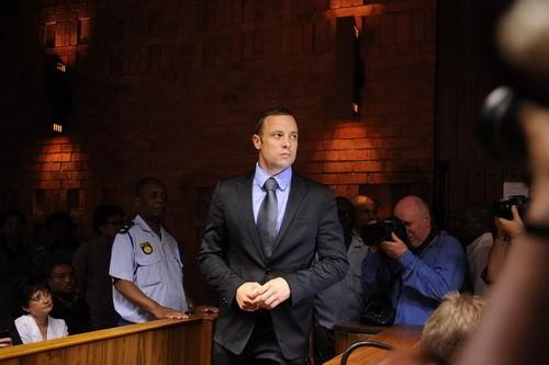 """Diễn biến bất ngờ về vụ """"người không chân"""" Oscar Pistorius ảnh 2"""