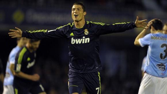 Ronaldo đưa Real lên ngôi nhì bảng ảnh 1
