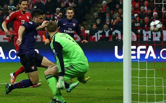 """Arsenal """"khóc ròng"""" sau chiến thắng 2-0 trước Bayern Munich ảnh 1"""