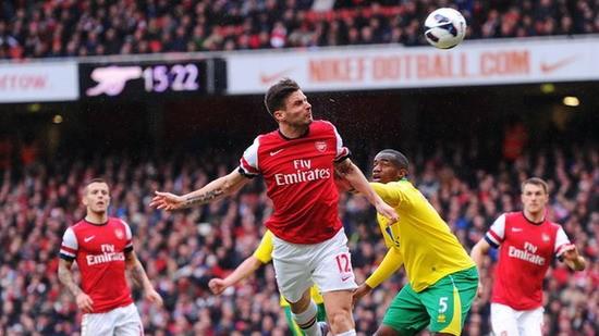 """5 phút cuối """"điên rồ"""" của Arsenal ảnh 2"""