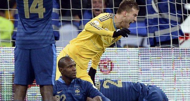 """Ukraina 2-0 Pháp: """"Gà trống"""" im tiếng ở Kiev ảnh 3"""