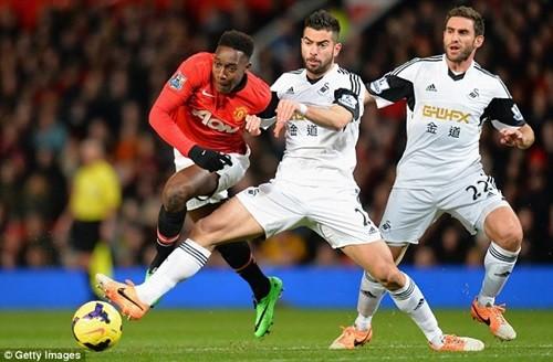 MU 2-0 Swansea: Hết mưa trời lại sáng ảnh 2