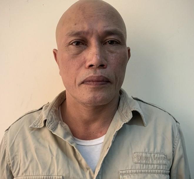 Gã đàn ông có 2 tiền án tấn công Cảnh sát khi bị nhắc đóng cửa quán ăn đêm ảnh 1