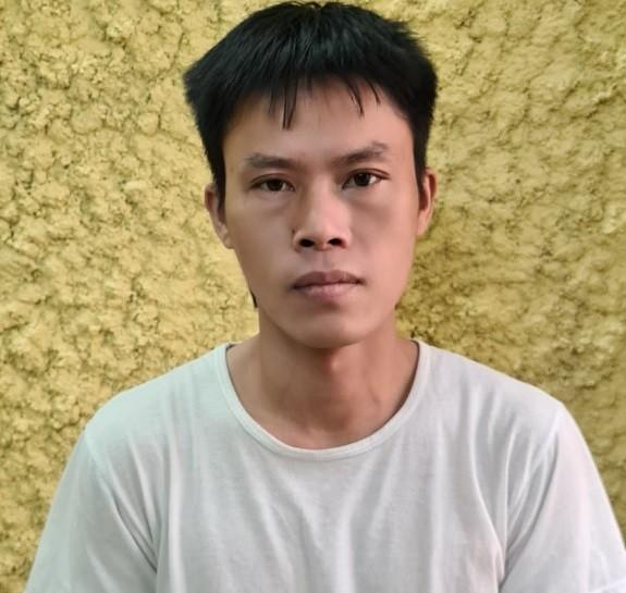 Bắt 'gã nghiện' ma túy thủ vam phá khóa đi 'săn' xe máy ảnh 1