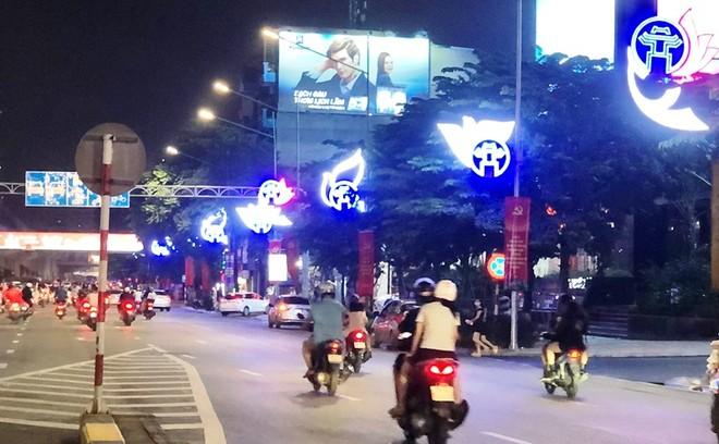 Khánh thành công trình trang trí chiếu sáng trên trục đường Nguyễn Trãi - Trần Phú ảnh 2