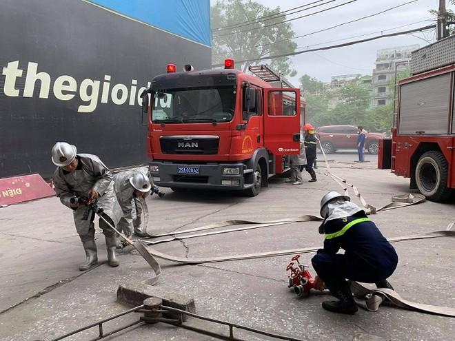 Cứu nhân viên mắc kẹt trong đám cháy giả định tại cây xăng CTM -GGE ảnh 3