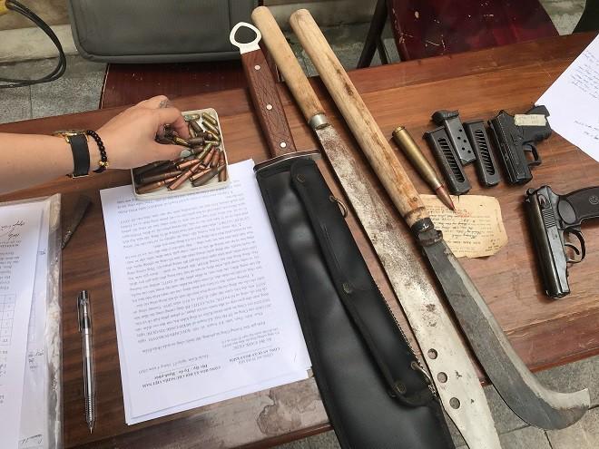 Công an Hà Nội thu hồi hàng nghìn vũ khí, vật liệu nổ ảnh 3