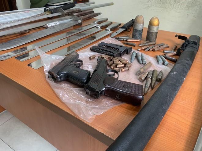 Công an Hà Nội thu hồi hàng nghìn vũ khí, vật liệu nổ ảnh 2