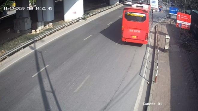 Quận Hoàng Mai (Hà Nội): 'Bến xe' mới tại đầu đường Trần Thủ Độ? ảnh 2
