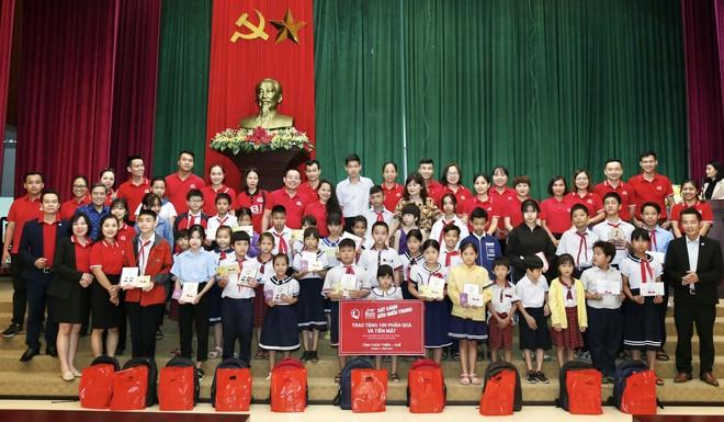 Generali Việt Nam hỗ trợ hơn 6,5 tỷ đồng cho hàng nghìn hộ gia đình ở miền Trung ảnh 1