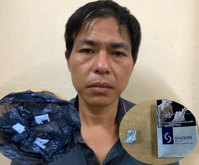 Hai 'gã' nghiện rủ nhau đi mua ma túy bị công an bắt ảnh 1
