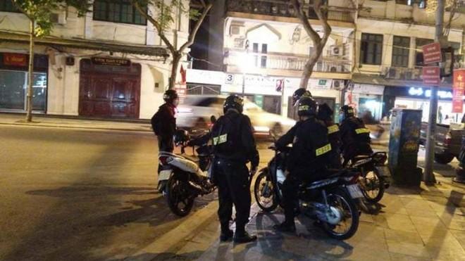 Công an Hà Nội huy động lực lượng đảm bảo an ninh trật tự, chống đua xe đêm Noel ảnh 1