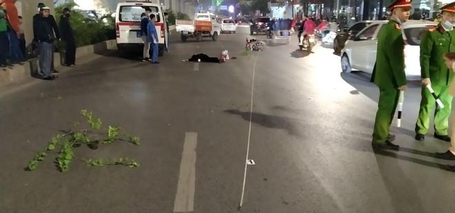Nam thanh niên lái xe máy đâm thương vong 3 người đi bộ ảnh 1