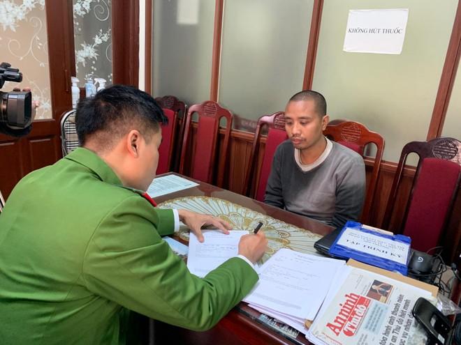Bắt đối tượng vận chuyển cá thể vượn từ Bình Thuận ra Hà Nội tiêu thụ ảnh 1