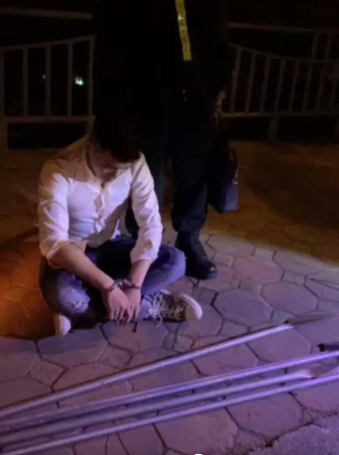 Ngăn chặn nhóm thanh niên mang dao phóng lợn đi đánh nhau ảnh 1