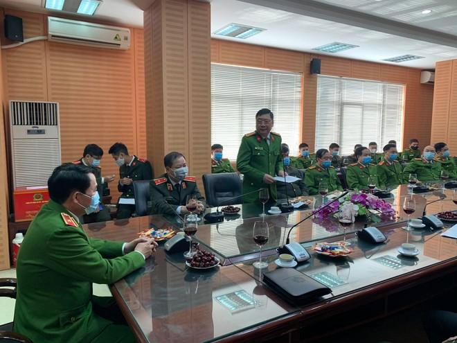 Lãnh đạo Bộ Công an kiểm tra, chúc Tết Công an quận Đống Đa ảnh 3