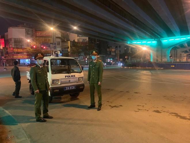 Công an quận Thanh Xuân, Hà Nội: Đảm bảo hiệu quả bền vững thực hiện 'nhiệm vụ kép' ngay những ngày đầu năm mới Tân Sửu ảnh 1