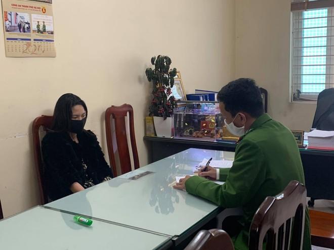 Ế khách do dịch Covid, chủ cơ sở massage 'đăng đàn' lên mạng xã hội môi giới mại dâm ảnh 2