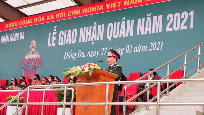 Giám đốc Công an Hà Nội dự lễ giao nhận quân năm 2021 tại quận Đống Đa ảnh 1