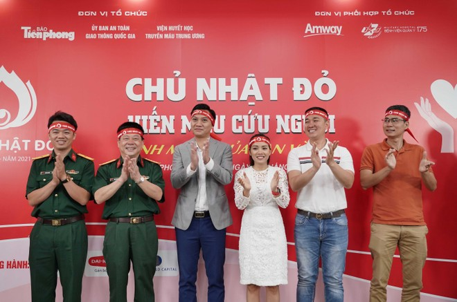 Amway Việt Nam đồng hành cùng chương trình Chủ nhật đỏ ảnh 1