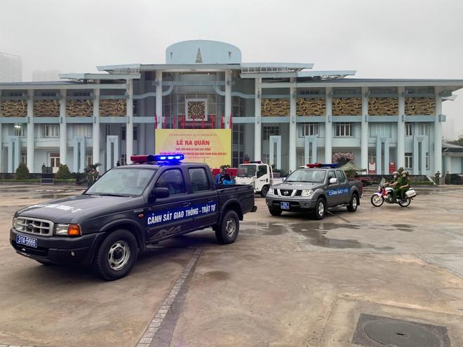 Quận Thanh Xuân ra quân 'Năm An toàn giao thông và bảo đảm trật tự đô thị' ảnh 3