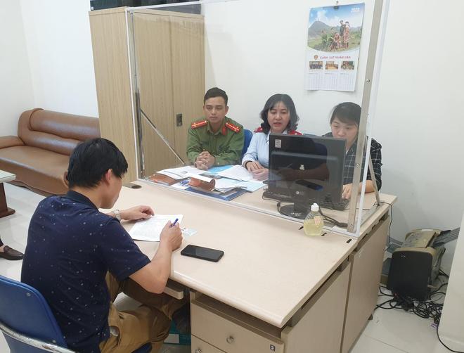 Công an quận Hà Đông, Hà Nội: Truy vết, phối hợp xử lý nghiêm người đàn ông đăng tin sai sự thật về bầu cử ảnh 1