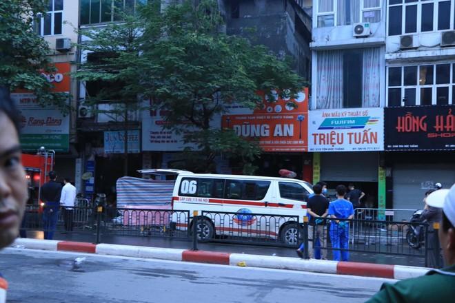 Danh tính 4 nạn nhân mắc kẹt trong vụ cháy ở cửa hàng đồ sơ sinh tại phố Tôn Đức Thắng ảnh 2
