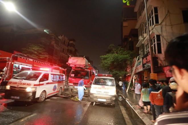 Danh tính 4 nạn nhân mắc kẹt trong vụ cháy ở cửa hàng đồ sơ sinh tại phố Tôn Đức Thắng ảnh 1