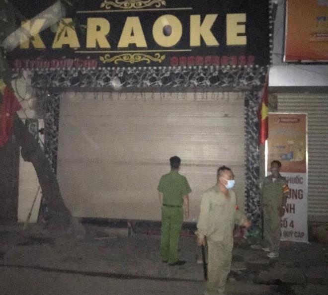 Quận Đống Đa: Yêu cầu dừng hoạt động 48 quán karaoke để phòng dịch Covid 19 ảnh 6