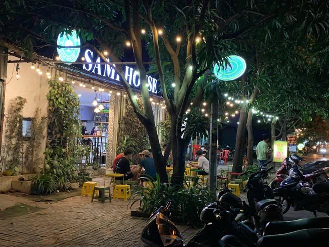Quận Bắc Từ Liêm (Hà Nội): Hàng quán ngang nhiên hoạt động trên hè, bất chấp lệnh cấm ảnh 3