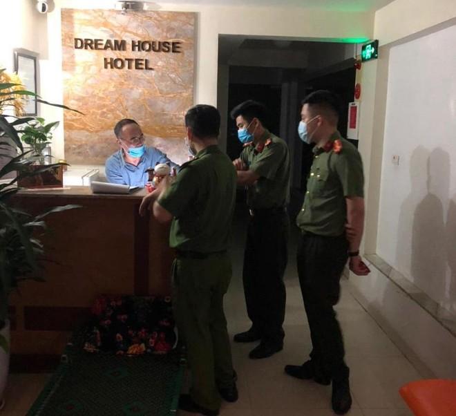 Tăng cường kiểm tra tạm trú, rà soát phát hiện người nước ngoài nhập cảnh trái phép ảnh 5