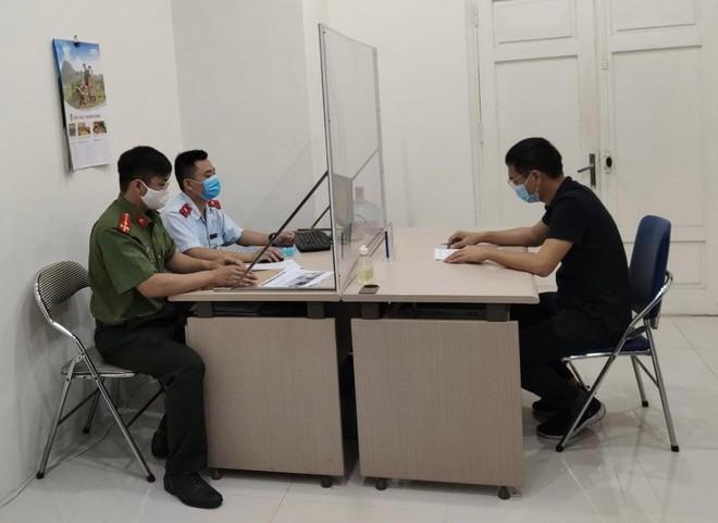 Đăng tin sai sự thật Hà Nội bị phong tỏa, một trường hợp bị phạt ảnh 1