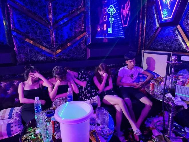 Thông tin tiếp vụ 33 nam nữ tụ tập 'bay lắc' trong quán hát chui ảnh 2