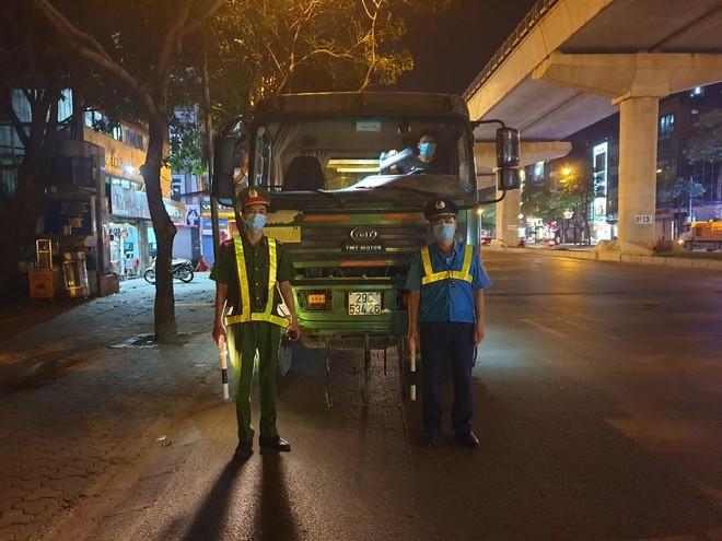 Nhân đôi sức mạnh, xử lý nghiêm vi phạm trật tự giao thông đô thị trước ngày bầu cử ảnh 2