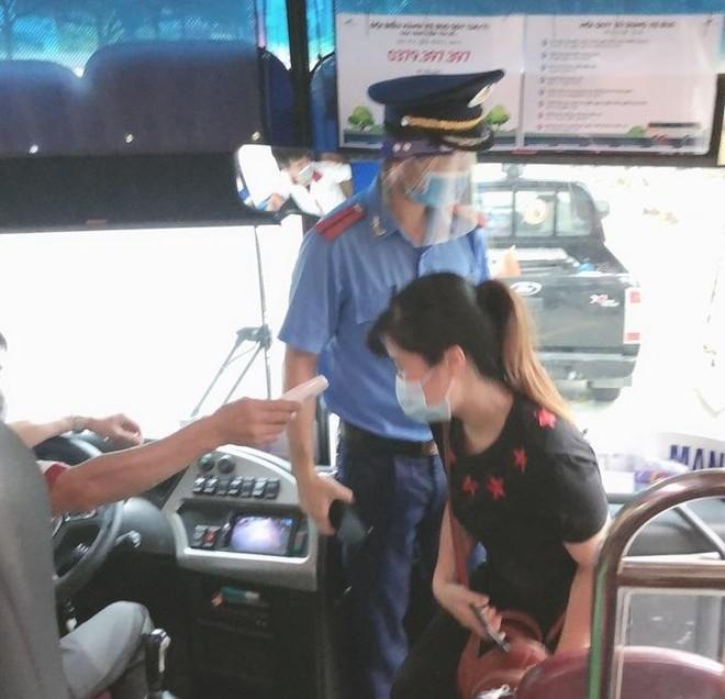 Nhân đôi sức mạnh, xử lý nghiêm vi phạm trật tự giao thông đô thị trước ngày bầu cử ảnh 6
