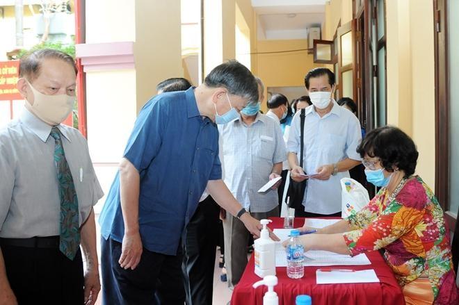 Đại tướng Tô Lâm bỏ phiếu bầu cử tại quận Ba Đình ảnh 3