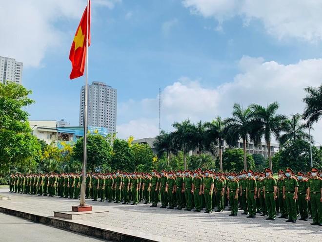 Công an Hà Nội bàn giao 724 chiến sỹ nghĩa vụ về đơn vị công tác ảnh 1