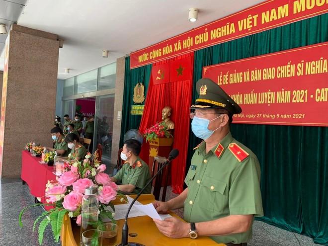 Công an Hà Nội bàn giao 724 chiến sỹ nghĩa vụ về đơn vị công tác ảnh 2