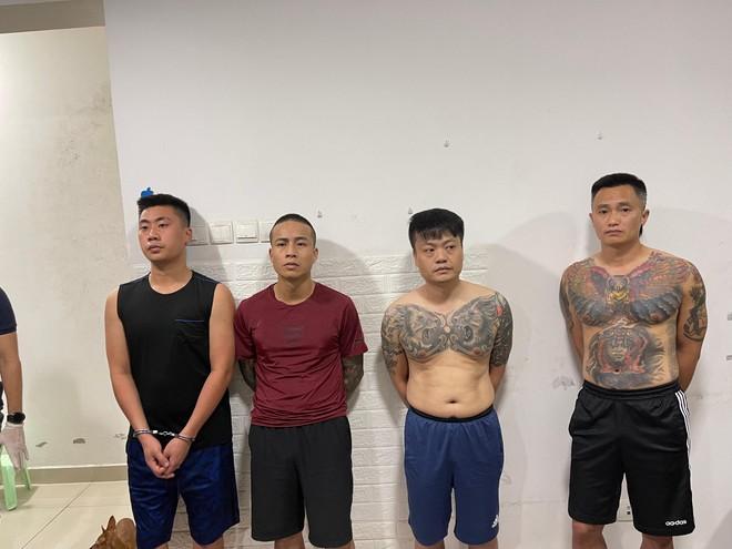 Trốn truy nã, nhóm đối tượng mở tiệc ma túy mừng sinh nhật trong chung cư ảnh 1