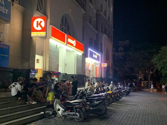 Nguy cơ lây nhiễm dịch bệnh xung quanh nhiều điểm bán hàng Circle K ảnh 1