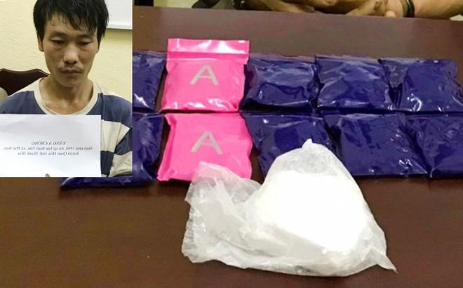 Bị vây bắt, đối tượng chống trả quyết liệt để phi tang gần 2.000 viên ma túy tổng hợp ảnh 1