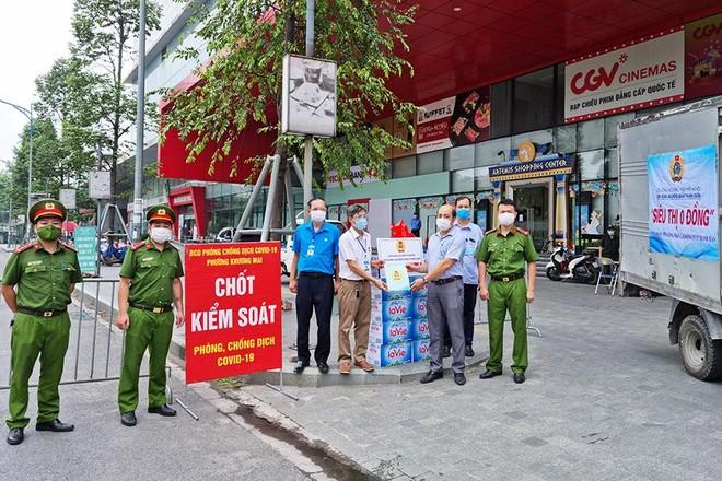Quận Thanh Xuân khẩn trương hỗ trợ người lao động và doanh nghiệp gặp khó khăn do dịch Covid - 19 ảnh 1