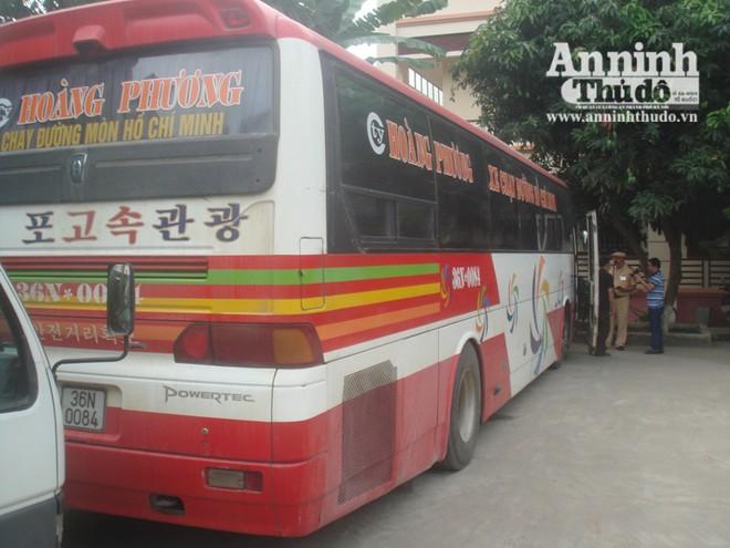 CSGT Hà Nội xử lý nghiêm chiếc xe 47 chỗ, nhồi nhét 60 khách ảnh 3