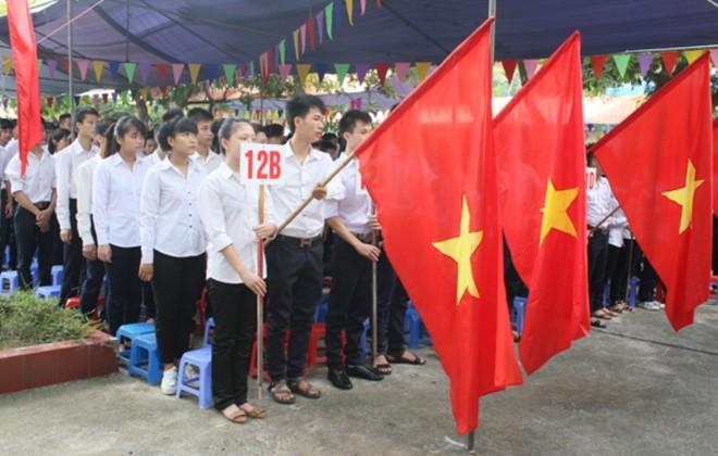 Giám đốc CATP Hà Nội đánh trống khai giảng năm học mới tại Trung tâm Giáo dục thường xuyên Đông Anh ảnh 4